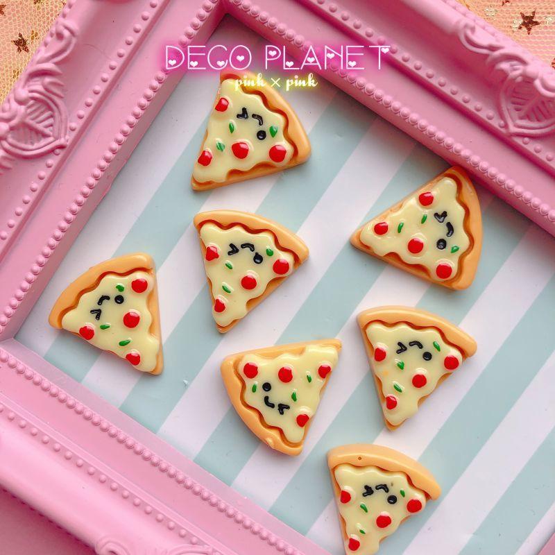 画像1: 顔つきピザ  (1)