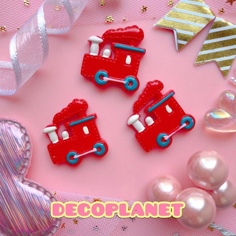 画像1: 赤い汽車 (1)